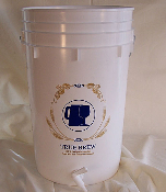 6.5 Gallon Food Grade Bottling Bucket