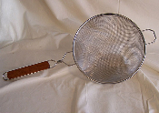 "Brew Strainer Stainless Steel 10 1/4"" Bowl with handle Double mesh ?"